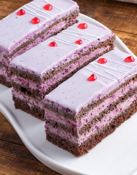 Prăjitura clasică cu coacăză