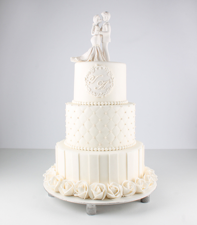 Tort pentru nunta cu figurine